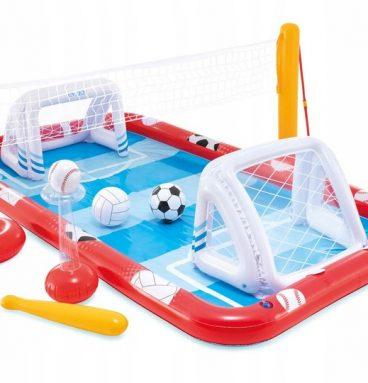 vaikiškas baseinas futbolo aikštelė