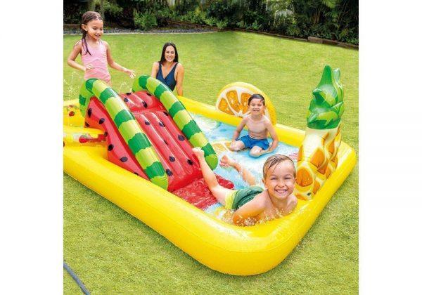 Vaikiškas vandens baseinas